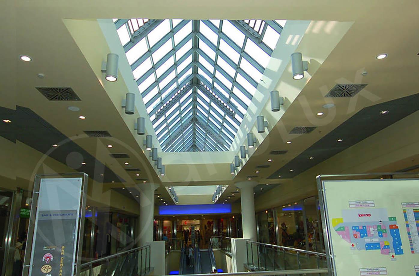 Manulux realizzazioni shopping center 05